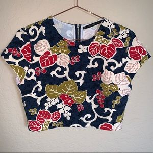 Zara Basic Navy Blue floral crop top size M